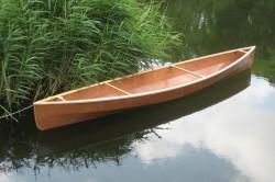 Пример готового каноэ из фанеры