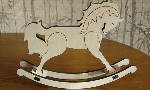 Лошадка из фанеры
