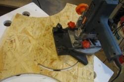 Вырезание круга из фанеры с помощью фрезерной машинки