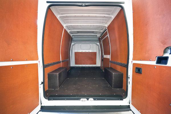 Внутренняя обшивка фургона фанерой
