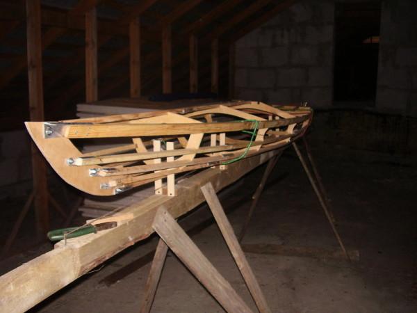изготовление лодки из дерева и фанеры